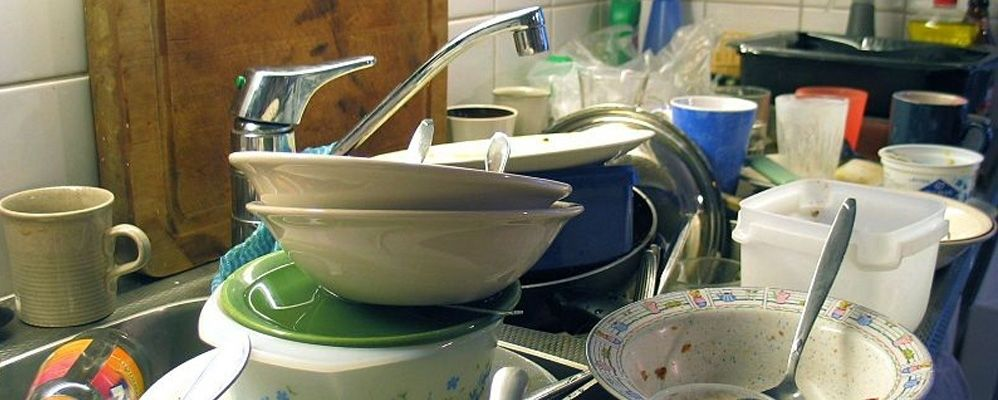 8 unique ways of forcing your colleagues to do their dishes