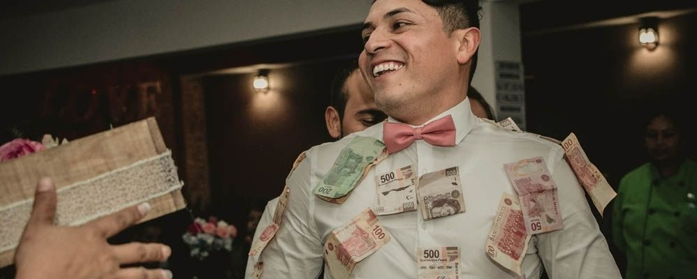9 tips to negotiate a salary raise