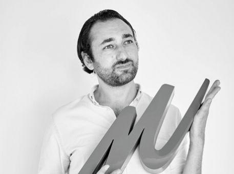 """Adrien Touati, co-fondateur de manager.one : """"Penchez-vous sur les véritables """"pain points"""" du quotidien de vos collaborateurs"""""""