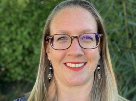Le portrait de Leslie, Office Manager chez MyFeelBack !