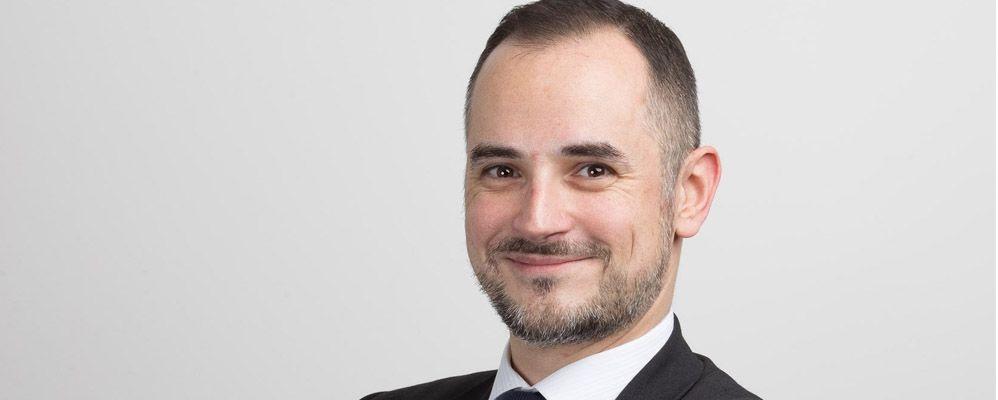 Le portrait de Nicolas, Office & Happiness Manager chez Upward Executive !